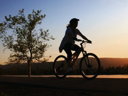 womanonbike420x315